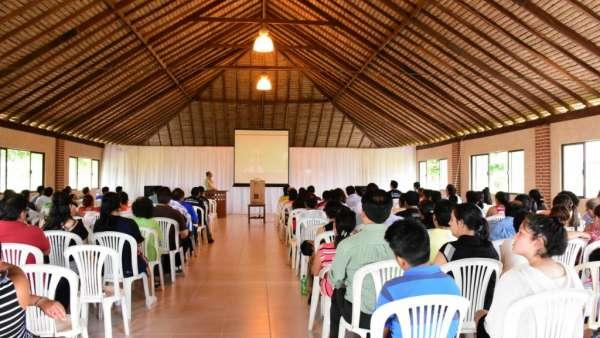Seminário e Batismo na Bolívia  - galerias/4799/thumbs/01seminariobolivia.jpg