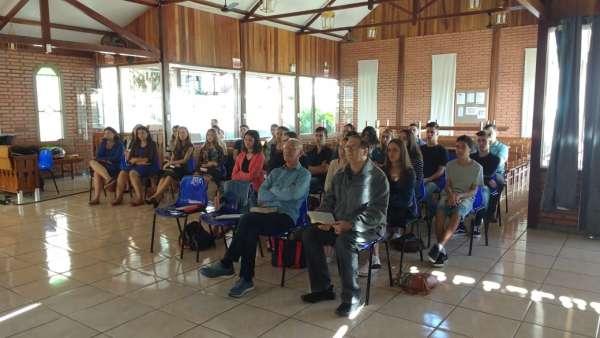 Seminário de Jovens transmitido para todo o Brasil - 16 e 17 de março de 2019 - galerias/4807/thumbs/12chapecó-sc.jpeg