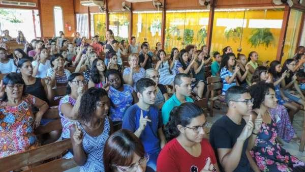 Oficina de Libras em Piabetá, Magé - RJ - galerias/4808/thumbs/03piabetá.jpg