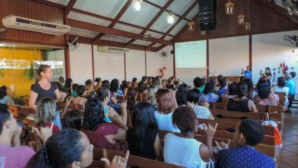 Oficina de Libras em Piabetá, Magé - RJ - galerias/4808/thumbs/07piabetá.jpg