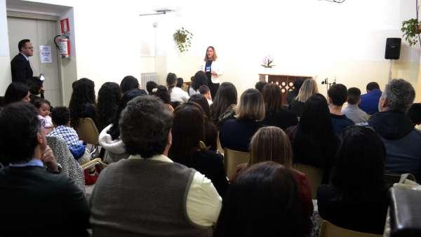Seminário de março com as classes de crianças a adolescentes no Exterior - galerias/4816/thumbs/50milão.JPG