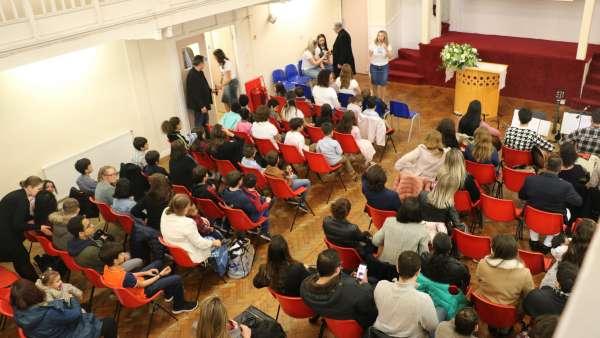 Seminário de março com as classes de crianças a adolescentes no Exterior - galerias/4816/thumbs/54londres.jpg