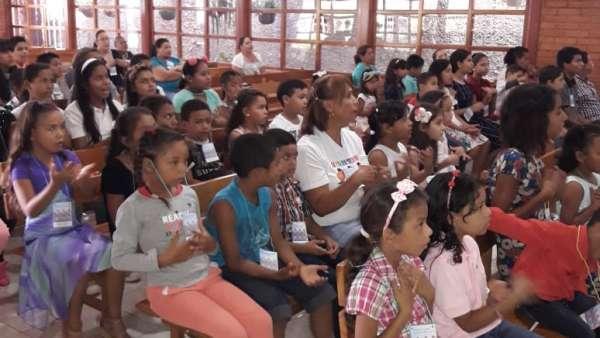 Seminário de março com as classes de crianças a adolescentes no Exterior - galerias/4816/thumbs/57aguadulce.jpg