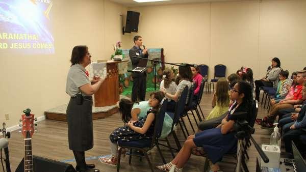 Seminário de março com as classes de crianças a adolescentes no Exterior - galerias/4816/thumbs/69.jpg