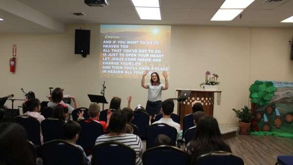 Seminário de março com as classes de crianças a adolescentes no Exterior - galerias/4816/thumbs/70.jpg