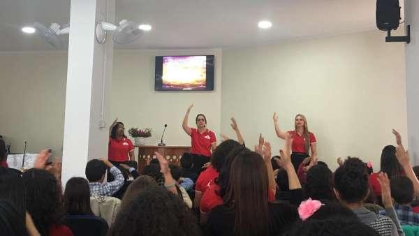 Seminário de março com as classes de crianças a adolescentes no Exterior - galerias/4816/thumbs/75cruzdepau.jpeg