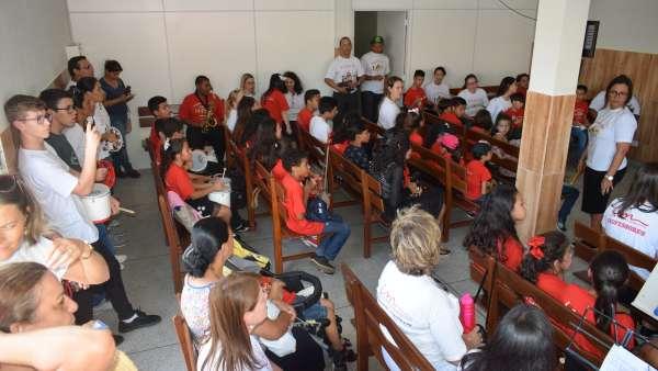 Seminário de Crianças, Intermediários, Adolescentes e classe 0 a 3 anos - março 2019 - galerias/4817/thumbs/010bairro-rio-bonito---curitiba---09032019-2.JPG