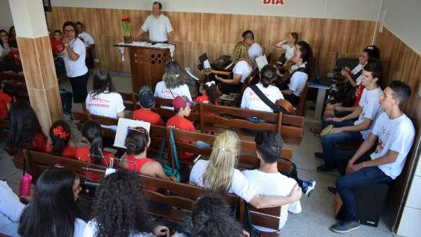 Seminário de Crianças, Intermediários, Adolescentes e classe 0 a 3 anos - março 2019 - galerias/4817/thumbs/011bairro-rio-bonito---curitiba---09032019-3.JPG