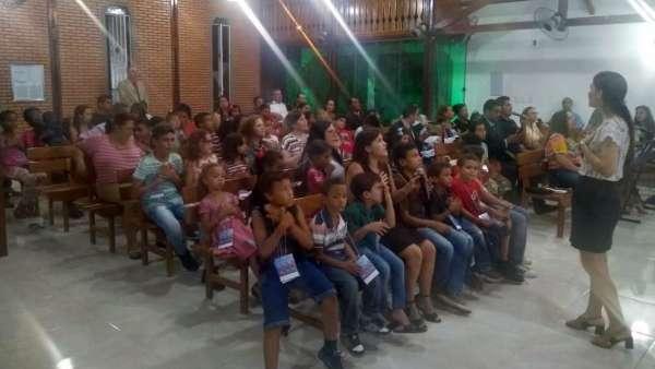 Seminário de Crianças, Intermediários, Adolescentes e classe 0 a 3 anos - março 2019 - galerias/4817/thumbs/097goiabeira.jpg