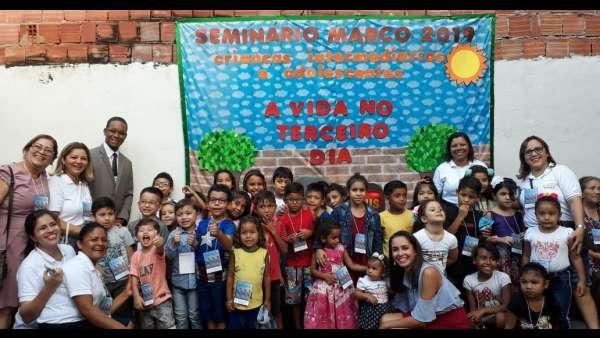 Seminário de Crianças, Intermediários, Adolescentes e classe 0 a 3 anos - março 2019 - galerias/4817/thumbs/104betânia.jpeg