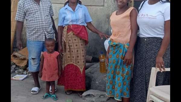 Membros da ICM de Beira recebem doações de irmãos de Maputo, Mocambique - galerias/4821/thumbs/whatsapp-image-2019-03-26-at-182326-1.jpeg