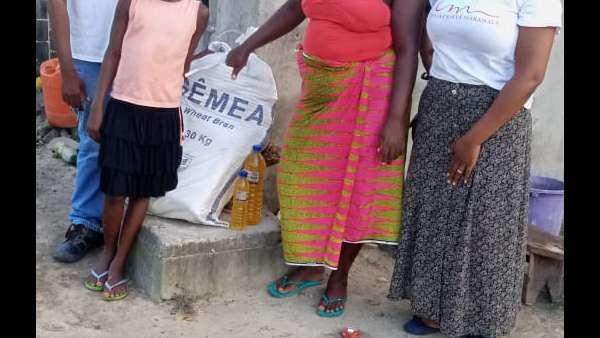 Membros da ICM de Beira recebem doações de irmãos de Maputo, Mocambique - galerias/4821/thumbs/whatsapp-image-2019-03-26-at-182326-2.jpeg
