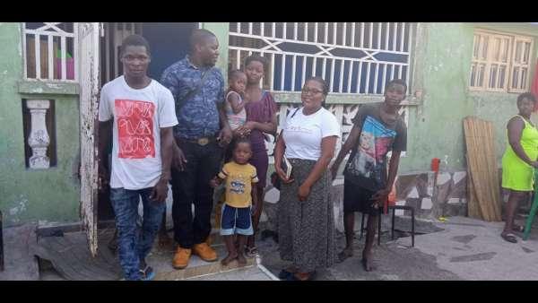 Membros da ICM de Beira recebem doações de irmãos de Maputo, Mocambique - galerias/4821/thumbs/whatsapp-image-2019-03-26-at-182326-3.jpeg
