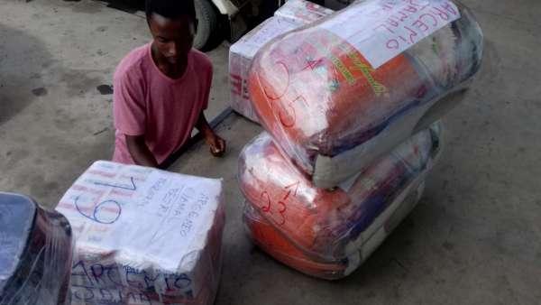 Membros da ICM de Beira recebem doações de irmãos de Maputo, Mocambique - galerias/4821/thumbs/whatsapp-image-2019-03-26-at-182328-1.jpeg