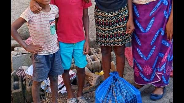 Membros da ICM de Beira recebem doações de irmãos de Maputo, Mocambique - galerias/4821/thumbs/whatsapp-image-2019-03-28-at-123115.jpeg