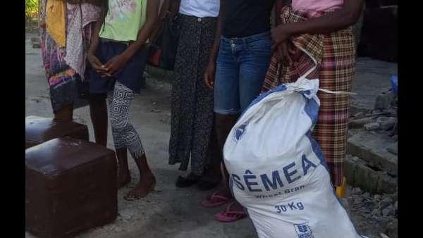Membros da ICM de Beira recebem doações de irmãos de Maputo, Mocambique - galerias/4821/thumbs/whatsapp-image-2019-03-28-at-123118-1.jpeg