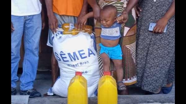 Membros da ICM de Beira recebem doações de irmãos de Maputo, Mocambique - galerias/4821/thumbs/whatsapp-image-2019-03-28-at-123118-3.jpeg