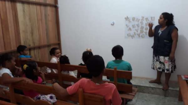 Assistência educacional em Breves e Melgaço - PA - galerias/4825/thumbs/10alfabetização.jpeg