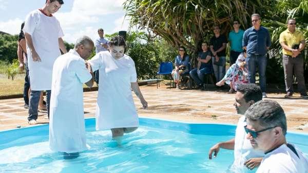 Culto de Batismo em Águas Claras - DF - galerias/4827/thumbs/formatfactoryimg5584.jpg
