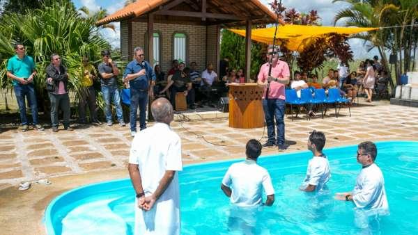 Culto de Batismo em Águas Claras - DF - galerias/4827/thumbs/formatfactoryimg5939.jpg