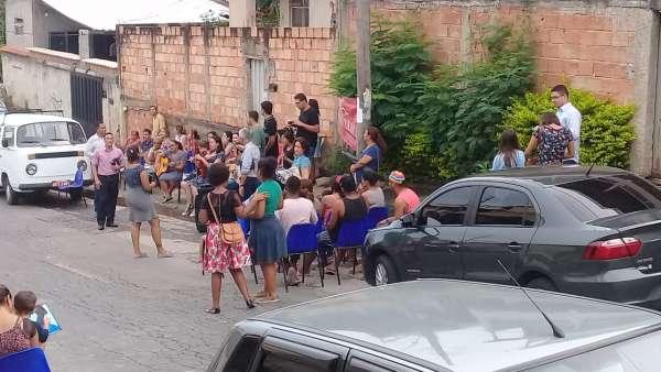Culto em Ponto de Pregação no bairro Etelvina Carneiro, Área Pampulha, BH - galerias/4829/thumbs/ponto-de-pregação-bairro-etelvina-carneiro-da-área-pampulha---belo-horizonte.jpg