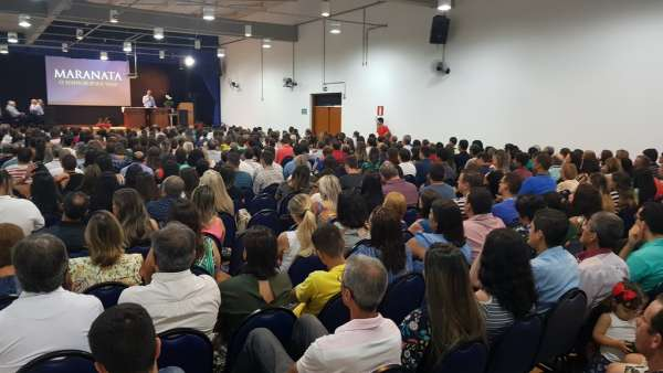 Seminário da Igreja Cristã Maranata em Muriaé, Minas Gerais - galerias/4830/thumbs/02semináriomuriaé.jpg