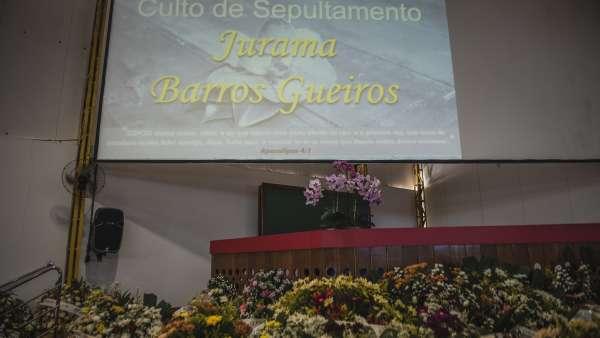 Culto de Passamento da irmã Jurama Barros Gueiros - galerias/4832/thumbs/08.jpg