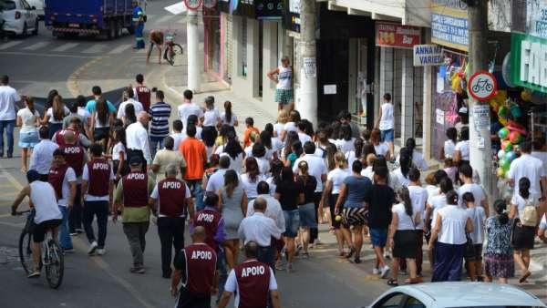 Evangelizações em Piúma, ES, e Teixeira, MG - galerias/4833/thumbs/02piuma.jpg