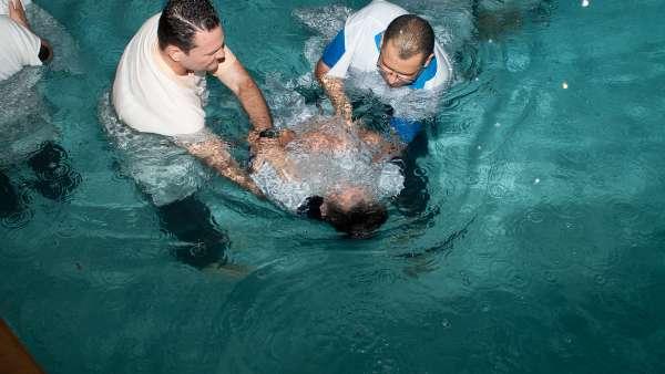 Batismo e Ceia no Maanaim de Vale do Paraíba, SP - galerias/4835/thumbs/09.jpg