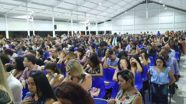 Programação evangelística em Linhares, ES - galerias/4842/thumbs/16vigilialinhares.jpeg