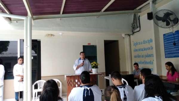 Cultos de batismo em Conceição de Castelo, ES, e Cachoeirinha, Manaus - galerias/4849/thumbs/03cachoeirinha.jpg