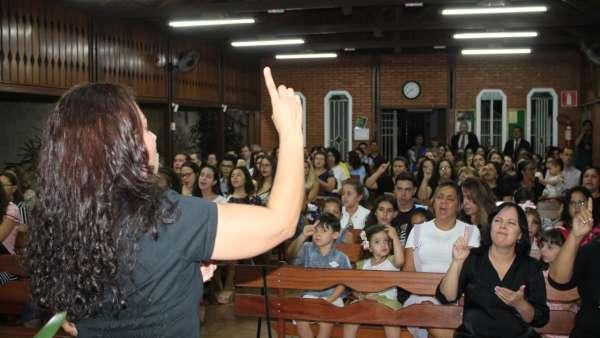 Oficina de Libras é iniciada em Pampulha, Belo Horizonte, MG - galerias/4851/thumbs/03librasbh.jpg