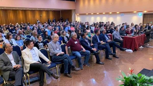 Seminário na Itália e Espanha e batismo na Espanha - galerias/4856/thumbs/12milao.jpeg