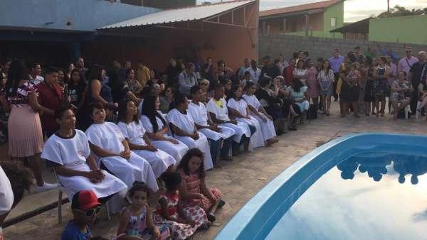 Batismo em Iperó, SP, e em Salvador, BA - galerias/4859/thumbs/03batismoindaiatuba.jpg