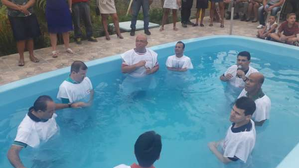 Batismo em Iperó, SP, e em Salvador, BA - galerias/4859/thumbs/05batismoindaiatuba.jpg
