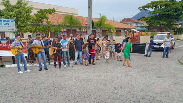 Evangelizações realizadas por jovens da ICM no Brasil durante abril de 2019 - galerias/4861/thumbs/07palhoca3.jpg