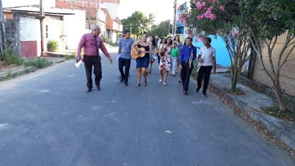 Evangelização em Parque Gramado, Cariacica - ES - galerias/4862/thumbs/03.jpeg