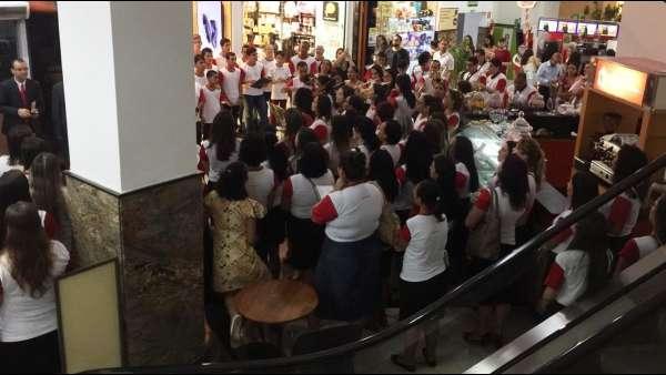 Culto da Igreja Cristã Maranata em shopping de Cachoeiro, ES - galerias/4865/thumbs/09cachoeiroes.jpeg