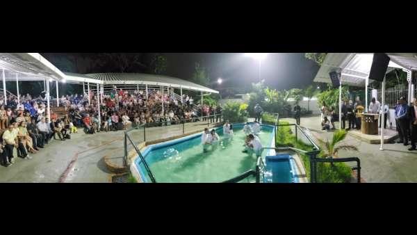 Cultos de batismo durante o mês de abril de 2019 - galerias/4870/thumbs/02batismoserraes.jpeg