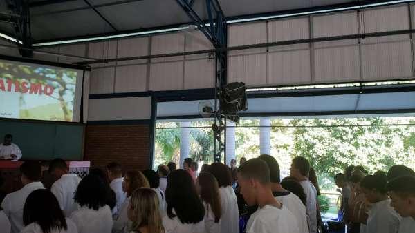 Cultos de batismo durante o mês de abril de 2019 - galerias/4870/thumbs/08batismoniteroi.jpeg