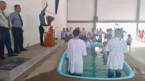 Reunião de Polo e Batismo no Maanaim de Guanambi - BA - galerias/4874/thumbs/08guanambi.jpeg