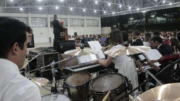 Culto de glorificação a Deus pelos jovens e universitários em Matipó, MG - galerias/4878/thumbs/formatfactorymg7099.jpg
