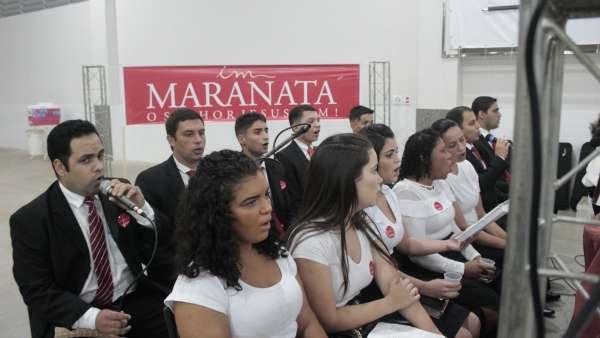 Culto de glorificação a Deus pelos jovens e universitários em Matipó, MG - galerias/4878/thumbs/mg7044.JPG