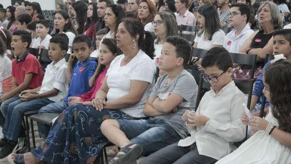 Culto de glorificação a Deus pelos jovens e universitários em Matipó, MG - galerias/4878/thumbs/mg7127.JPG