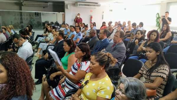 Culto na Câmara Municipal de Linhares - ES - galerias/4879/thumbs/03linharescâmara.jpeg