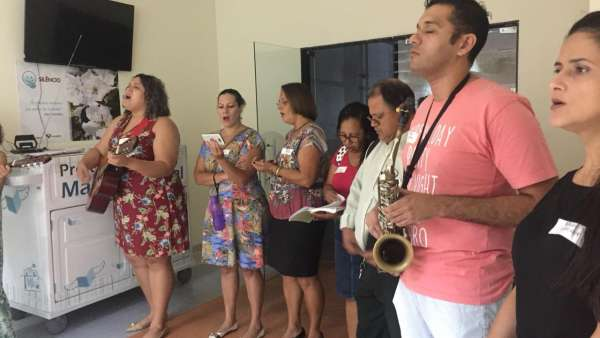 Trabalho de Musicoterapia da Igreja Cristã Maranata em Vila Velha, ES - galerias/4882/thumbs/06musicoterapiavilavelha.jpeg