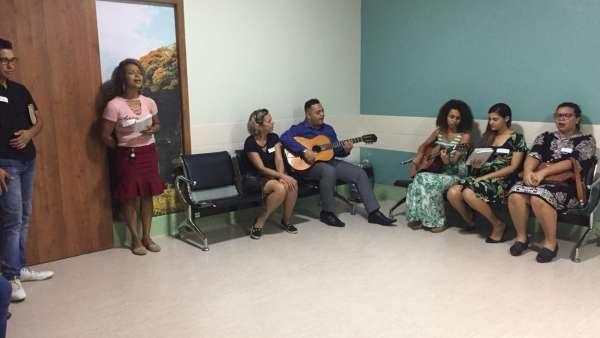 Trabalho de Musicoterapia da Igreja Cristã Maranata em Vila Velha, ES - galerias/4882/thumbs/09musicoterapiavilavelha.jpeg