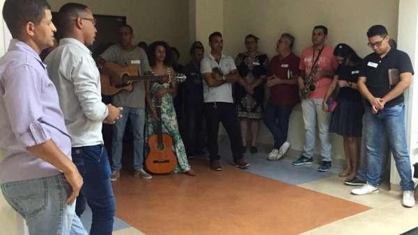 Trabalho de Musicoterapia da Igreja Cristã Maranata em Vila Velha, ES - galerias/4882/thumbs/11musicoterapiavilavelha.jpeg