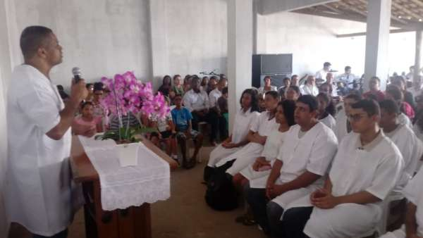 Batismos da Igreja Cristã Maranata - Maio 2019 - galerias/4886/thumbs/08riodasostras.jpeg
