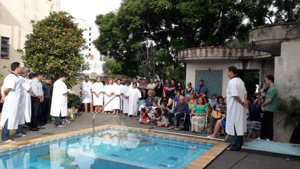 Batismos da Igreja Cristã Maranata - Maio 2019 - galerias/4886/thumbs/17ijui.jpeg